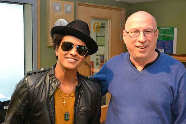 Ken Bruce with Bruno Mars, who is rubbish and so has nothing to do with our brilliant quiz