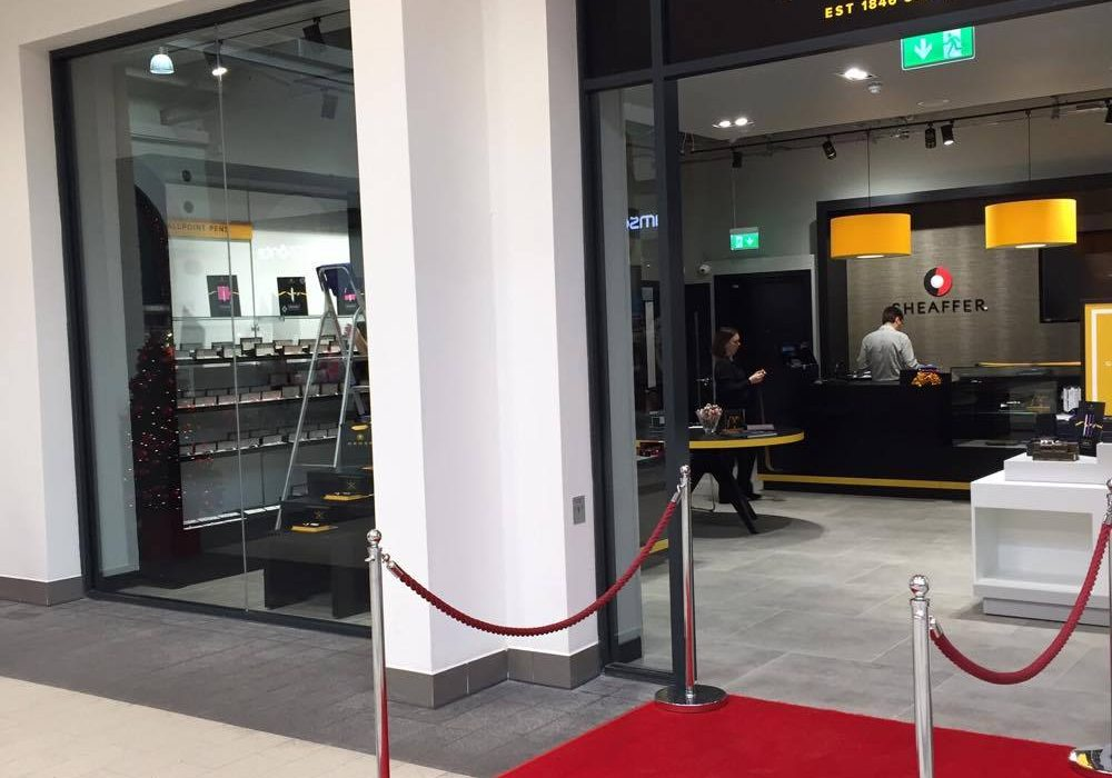 roll-out-the-red-carpet-ten-minutes-before-store-opening